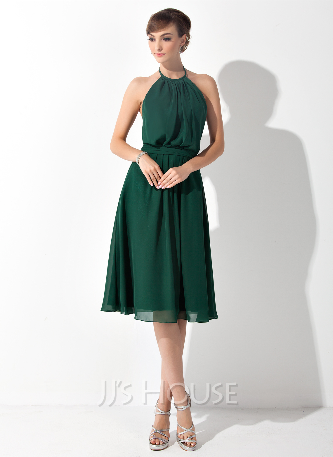 Halter Knee-Length Chiffon Bridesmaid Dress With Ruffle Bow(s)
