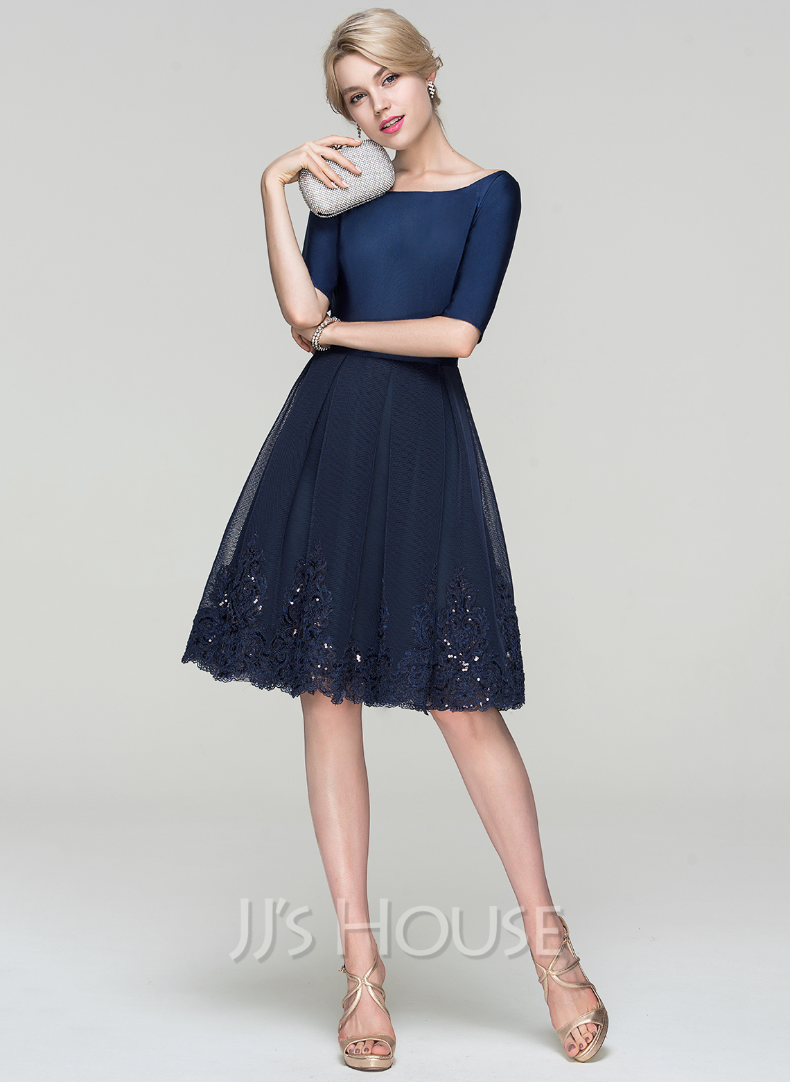 13e1ea1f13 A-Line Princess Scoop Neck Knee-Length Tulle Cocktail Dress With Sequins.  Loading zoom