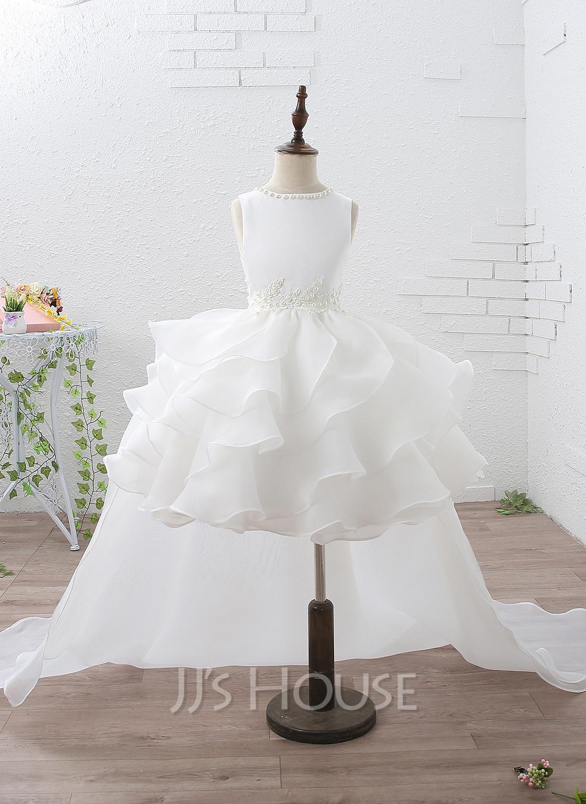 Ball-Gown/Princess Court Train Flower Girl Dress - Organza/Satin Sleeveless Scoop Neck With Ruffles/Beading/Appliques