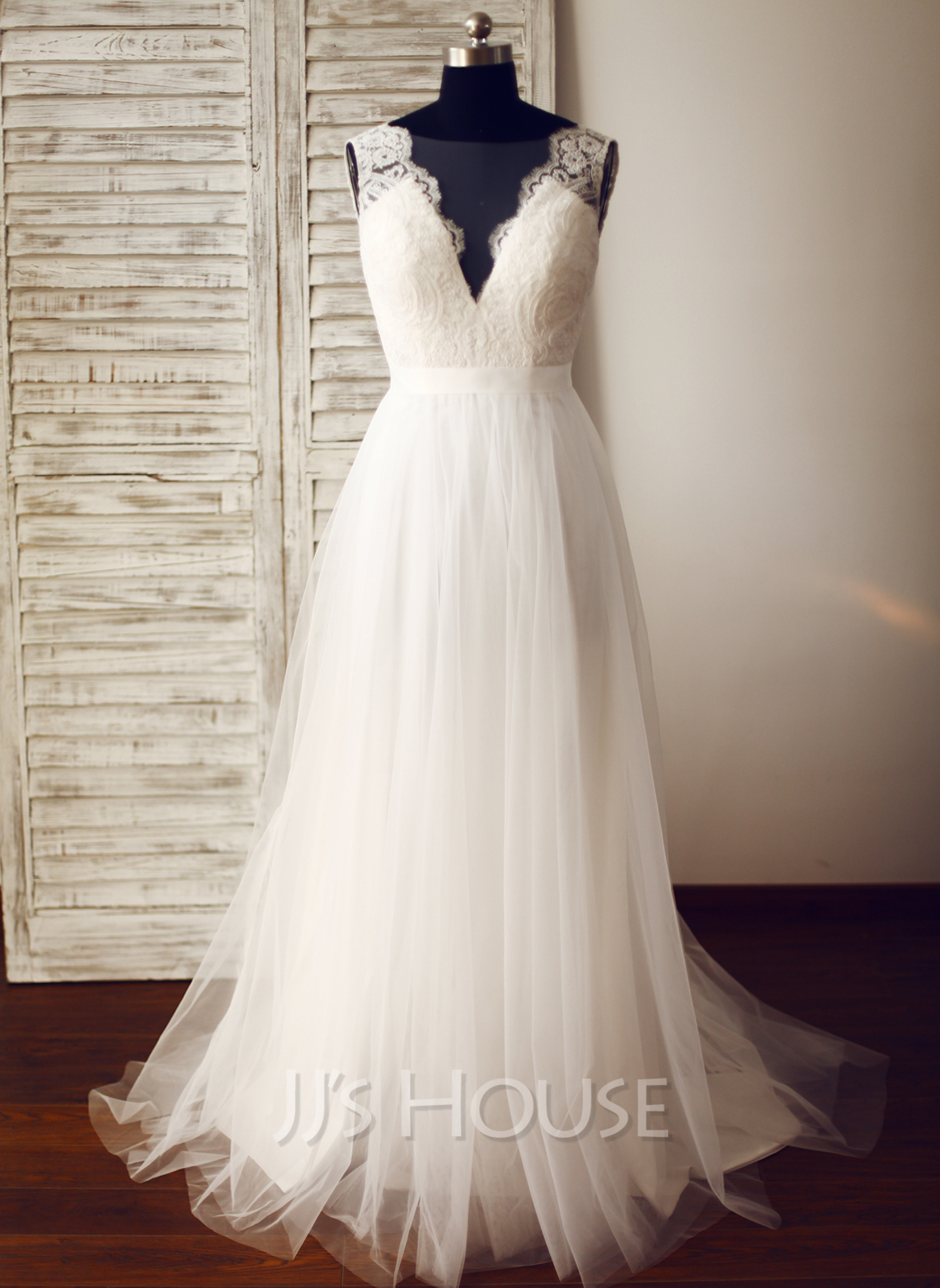 A line princess v neck sweep train tulle wedding dress for Tulle a line wedding dress