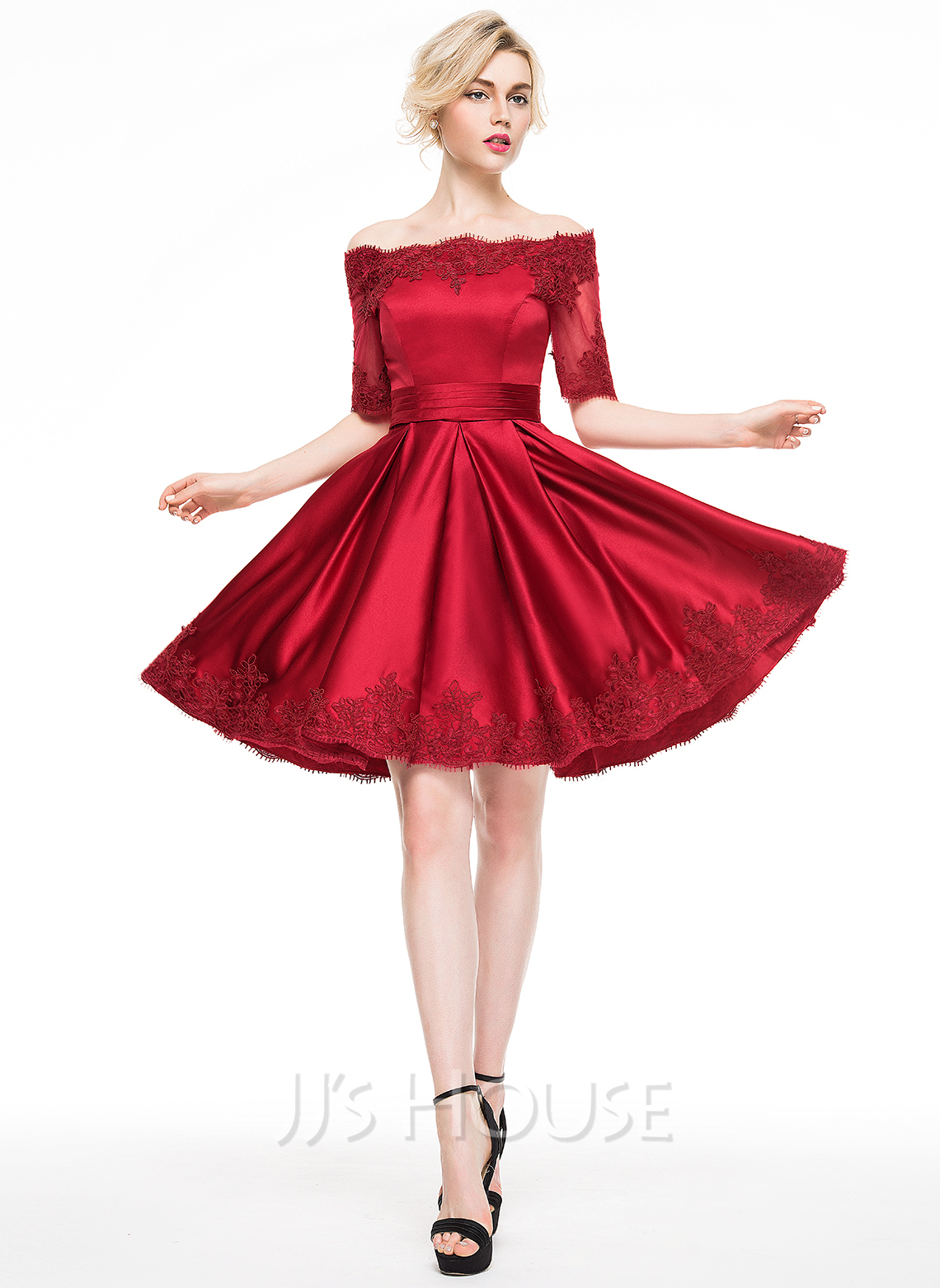 Off-the-Schulter Knielang Satin Cocktailkleid mit Applikationen Spitze