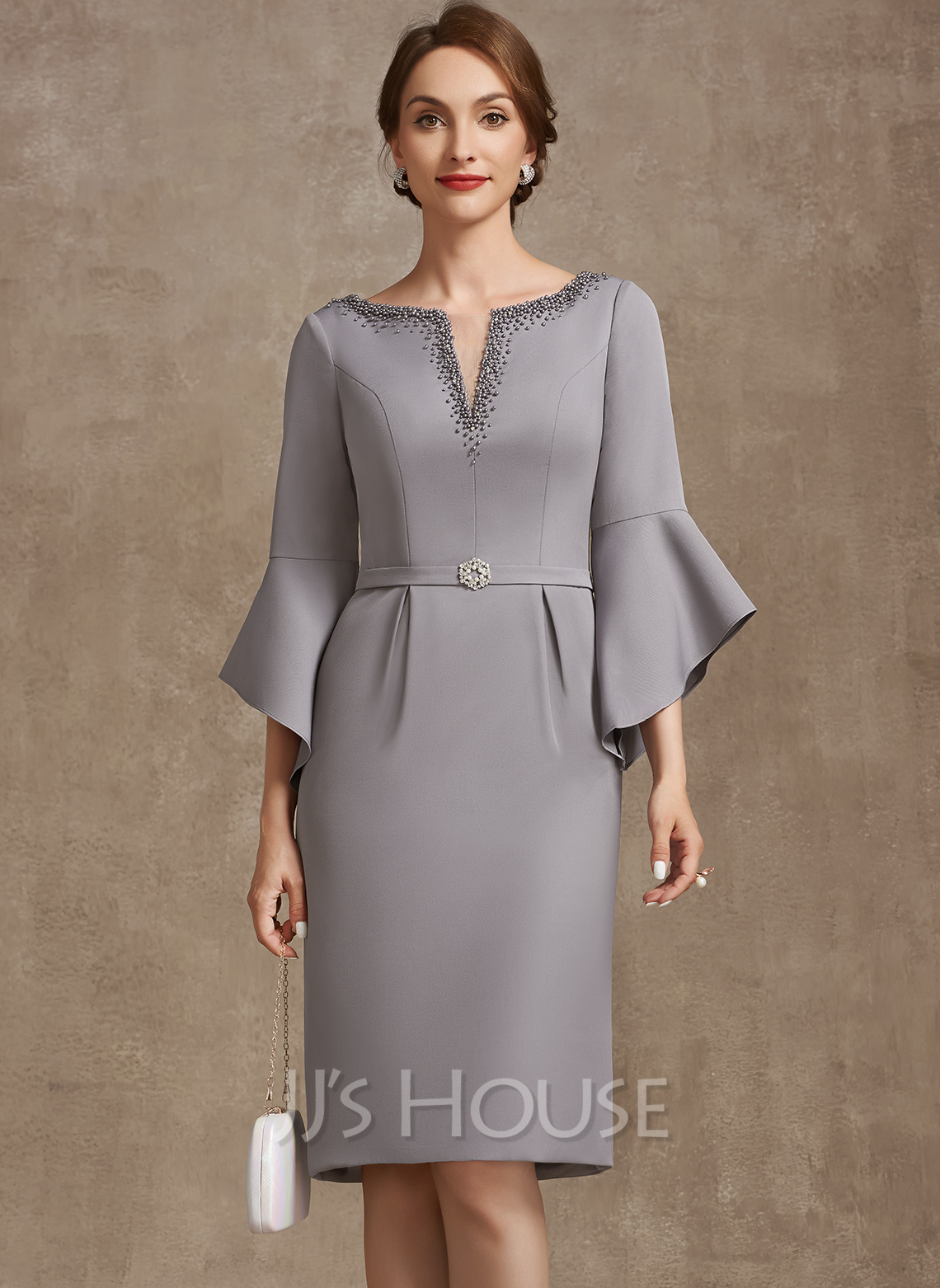 Sheath/Column V-neck Knee-Length Stretch Crepe Mother of the Bride Dress With Beading