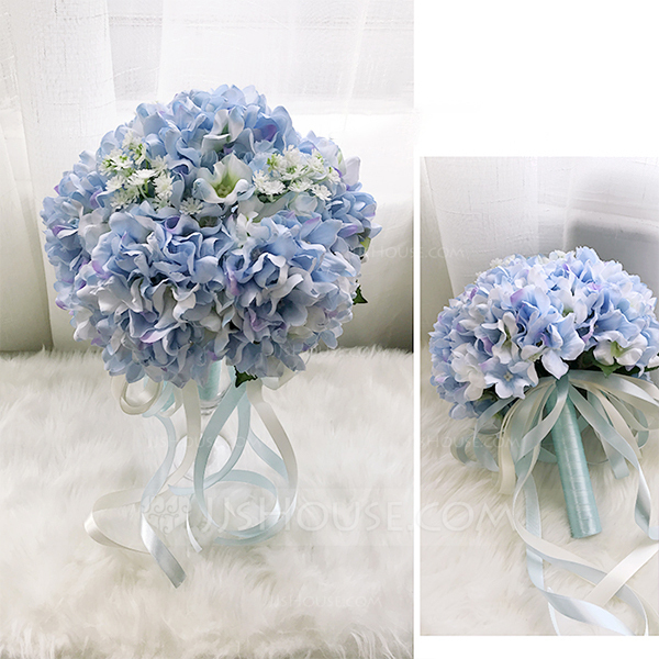 Comely Round Cloth Bridesmaid Bouquets -