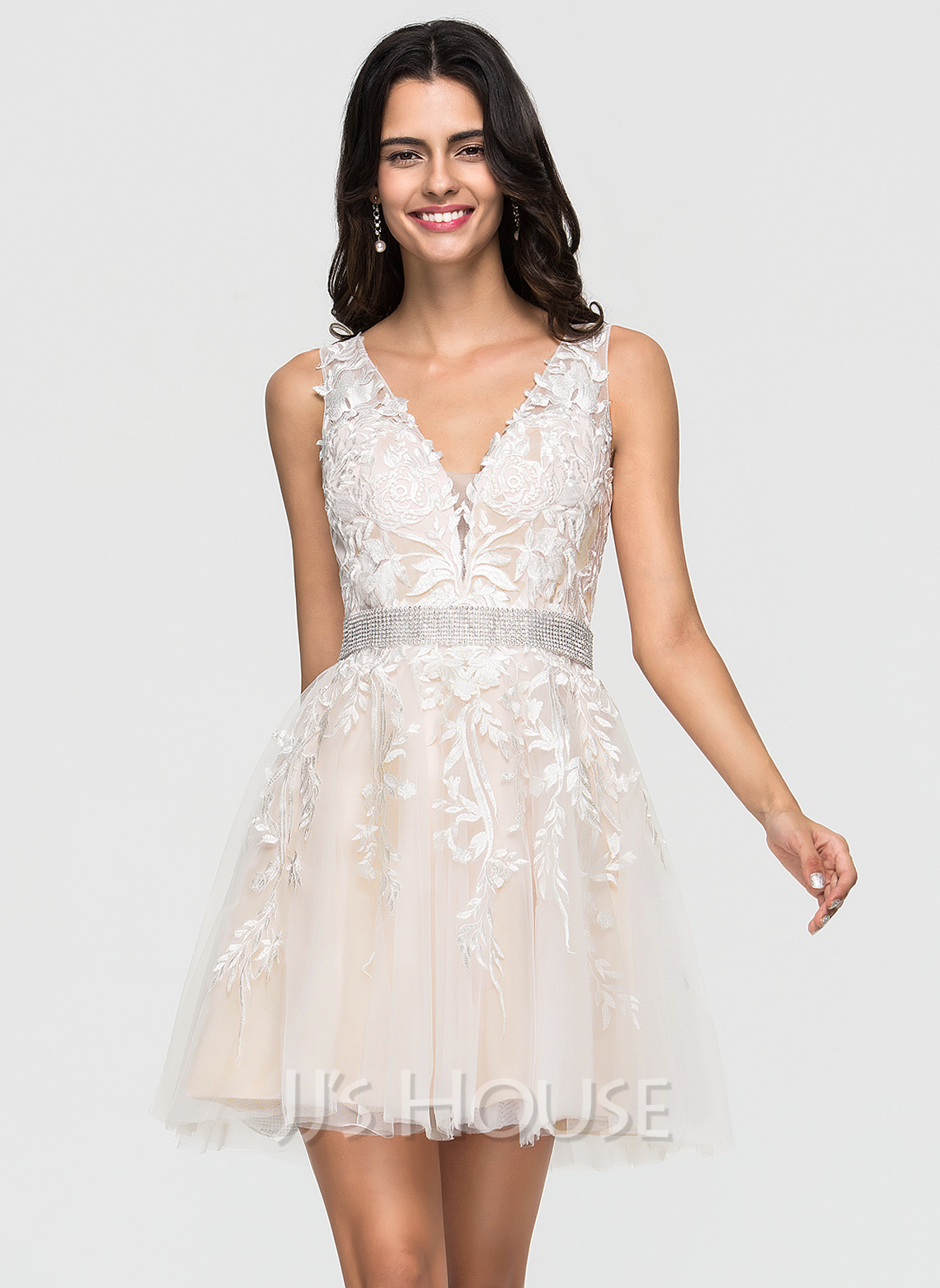 a6e5d8a4dd79 A-Line/Princess V-neck Short/Mini Tulle Homecoming Dress With Lace. Loading  zoom