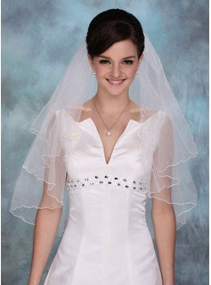 One-tier Elbow Bridal Veils With Scalloped Edge