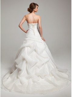 Ball-Gown Sweetheart Court Train Organza Lace Wedding Dress With Ruffle Beading Flower(s)