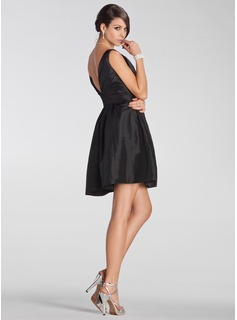 Empire V-neck Short/Mini Taffeta Bridesmaid Dress With Ruffle