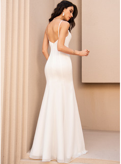 Trumpet/Mermaid V-neck Floor-Length Wedding Dress