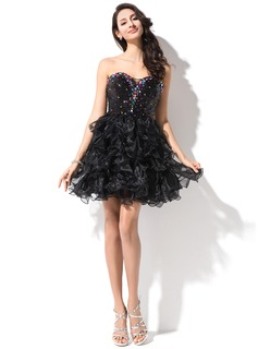 A-Line/Princess Sweetheart Short/Mini Organza Sequined Homecoming Dress With Beading
