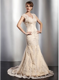 Trumpet/Mermaid V-neck Court Train Tulle Wedding Dress With Beading Appliques Lace