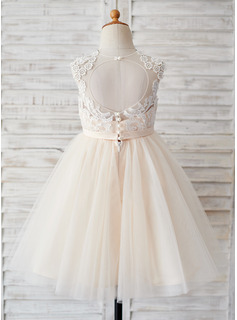 Knee-length Flower Girl Dress - Tulle Sleeveless Scoop Neck With Back Hole