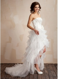 A-Line/Princess Strapless Asymmetrical Organza Prom Dresses With Lace Beading Flower(s)