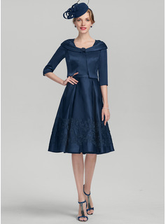 A-Line Square Neckline Knee-Length Satin Cocktail Dress With Appliques Lace