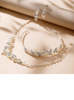 Classic Alloy/Pearl/Rhinestones Ladies' Jewelry Sets