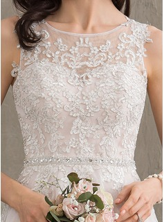 Scoop Neck Knee-Length Tulle Wedding Dress With Beading Sequins