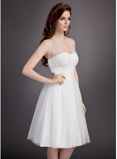 A-Line/Princess Halter Knee-Length Tulle Wedding Dress With Ruffle Lace