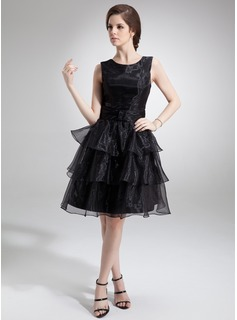 A-Line/Princess Scoop Neck Knee-Length Organza Homecoming Dress With Cascading Ruffles