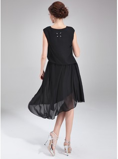 A-Line/Princess Scoop Neck Asymmetrical Chiffon Cocktail Dress With Ruffle Beading