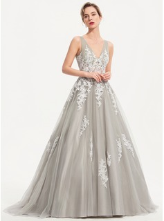 Ball-Gown/Princess V-neck Sweep Train Tulle Prom Dresses