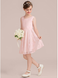 A-Line Scoop Neck Knee-Length Lace Junior Bridesmaid Dress With Sash Bow(s)