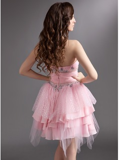 A-Line/Princess Sweetheart Knee-Length Chiffon Tulle Holiday Dress With Ruffle Beading