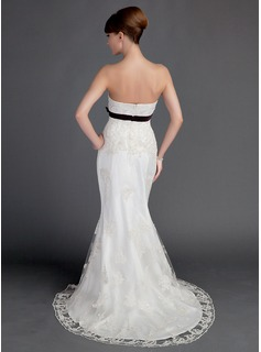Trumpet/Mermaid Sweetheart Court Train Lace Wedding Dress With Sash Beading Bow(s)