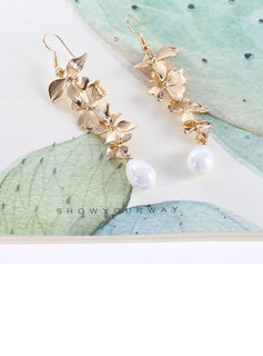 Ladies' Elegant Alloy/Imitation Pearls Imitation Pearls Earrings For Her