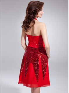A-Line/Princess Halter Knee-Length Chiffon Cocktail Dress With Sequins