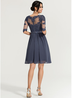 Scoop Neck Knee-Length Chiffon Cocktail Dress With Beading