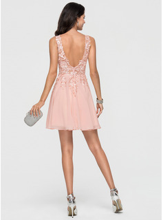 V-neck Short/Mini Chiffon Cocktail Dress With Lace Beading