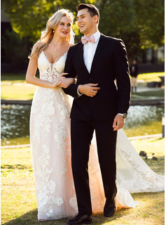 simple strappy wedding dresses