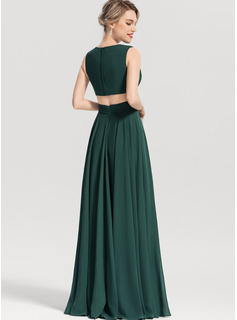 flattering dresses for thick waist