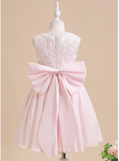 Ball-Gown/Princess Knee-length Flower Girl Dress - Sleeveless Scalloped Neck With Lace Flower(s) Bow(s)