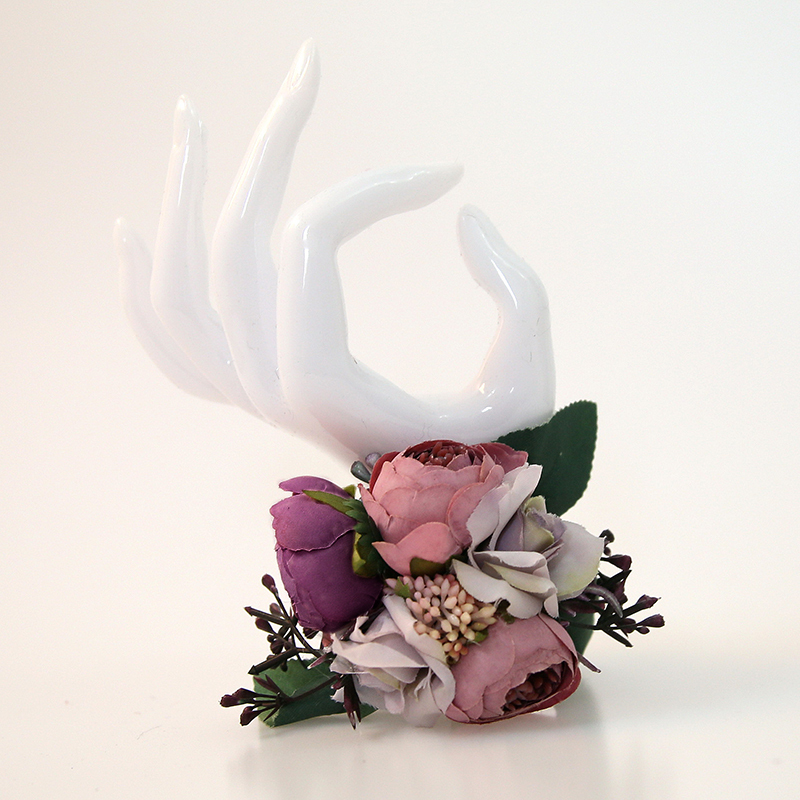 Classic Hand-tied Satin/Emulational Berries Wrist Corsage -