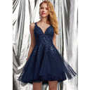 A-Line V-neck Short/Mini Tulle Homecoming Dress With Lace Sequins (022236567)