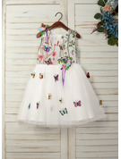 A-Line Knee-length Flower Girl Dress - Tulle/Lace Sleeveless Scoop Neck With Appliques/Flower(s)