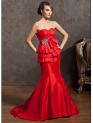 Trumpet/Mermaid Sweetheart Court Train Taffeta Holiday Dress With Ruffle Beading