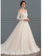 Ball-Gown Off-the-Shoulder Chapel Train Tulle Lace Wedding Dress