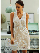 Lace Solid Sheath V-Neck Sleeveless Midi Casual Dresses
