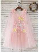 A-Line/Princess Knee-length Flower Girl Dress - Tulle 1/2 Sleeves Scoop Neck With Flower(s)