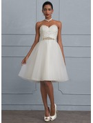 A-Line/Princess Sweetheart Knee-Length Tulle Wedding Dress With Beading