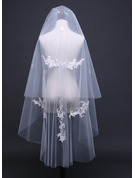 Two-tier Cut Edge Waltz Bridal Veils With Lace
