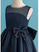 Knee-length Flower Girl Dress - Satin Sleeveless Scoop Neck With Beading Bow(s)