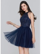 A-Line/Princess Scoop Neck Short/Mini Tulle Homecoming Dress With Sequins
