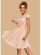 A-Line Scoop Neck Short/Mini Chiffon Homecoming Dress With Lace Beading