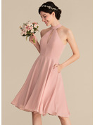 A-Line Scoop Neck Knee-Length Chiffon Bridesmaid Dress With Lace Pockets