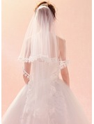 One-tier Lace Applique Edge Elbow Bridal Veils With Lace
