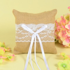 Square Ring Pillow in Lace With Sash/Lace