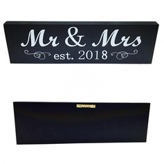 """Mr. & Mrs."" Fin Tre Wedding Sign"