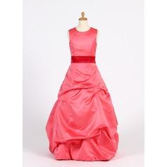 A-Linie/Princess-Linie U-Ausschnitt Bodenlang Satin Kleid für junge Brautjungfern mit Rüschen Schleifenbänder/Stoffgürtel